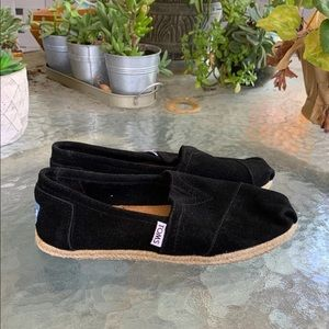New Black toms womens size 6